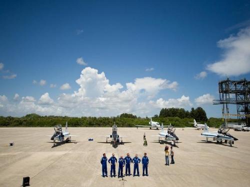 La tripulación del STS-134, aún en tierra